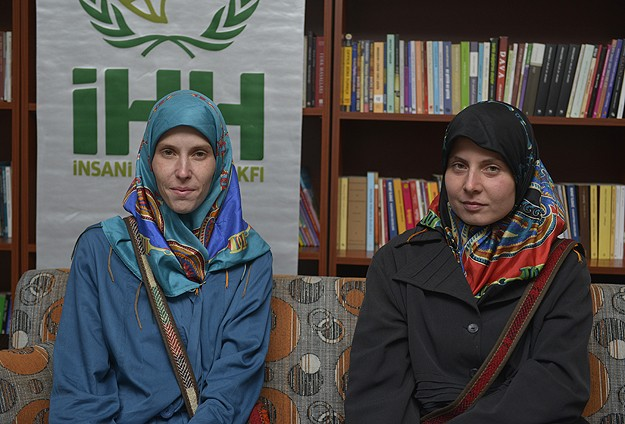 Turkish NGO IHH rescues two kidnapped Czech women