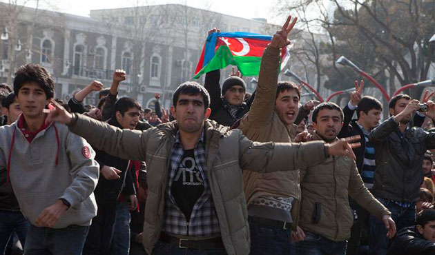 Azeri opposition holds rally