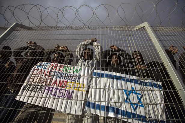 Israel tells African refugees to get out or go to jail