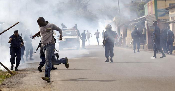 Protests in Burundi continue against President