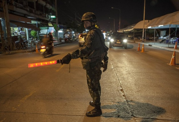 Thai police hunt two bombing suspects after weekend raids