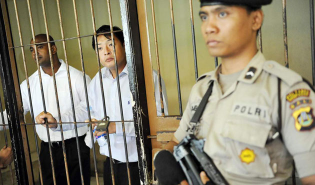 Indonesia frees 10 suspected of provoking Jakarta chaos