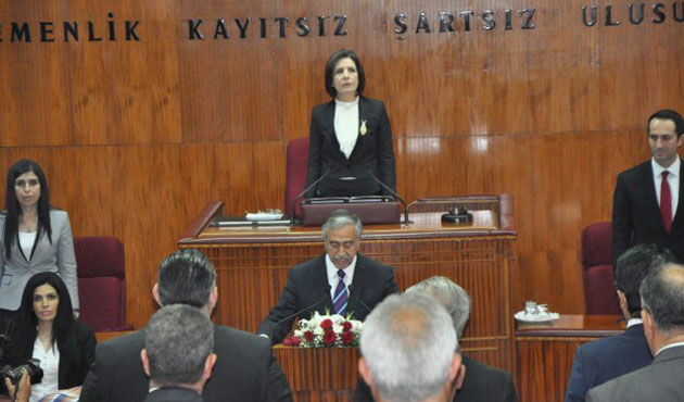Akinci sworn in as new Turkish Cypriot president