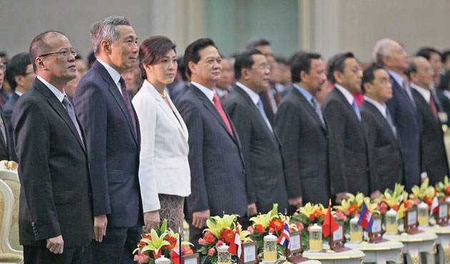 Cambodia: ASEAN should stay out of S.China Sea fracas