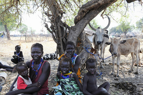 S. Sudan fighting has displaced 100,000 in one week
