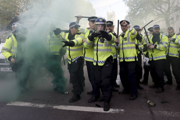 London protesters allege police violence