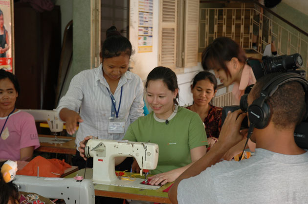 Cambodian gov't urged to tackle discrimination of women