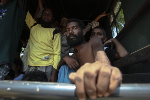 Thailand rejects US offer to help in boat people crisis
