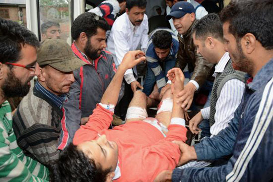 Armed forces attack Kashmiri telecoms company