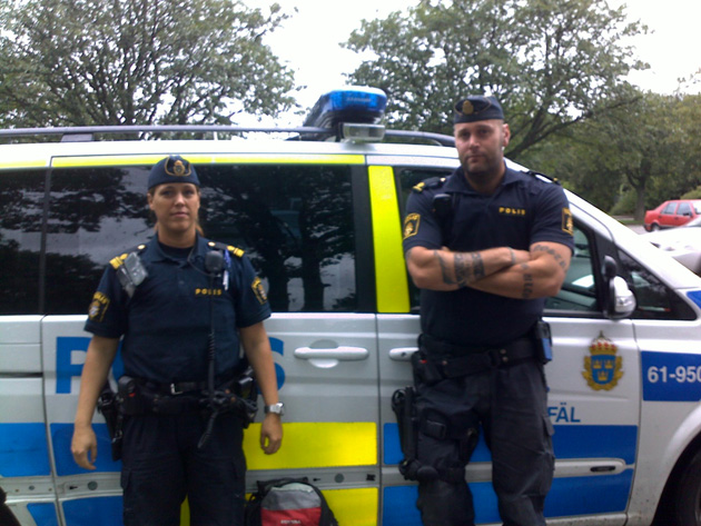 Sweden arrests two in ISIL recruit raids