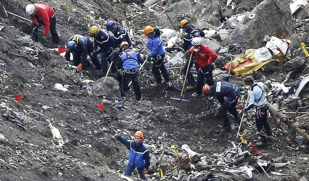 France opens criminal inquiry for Germanwings co-pilot