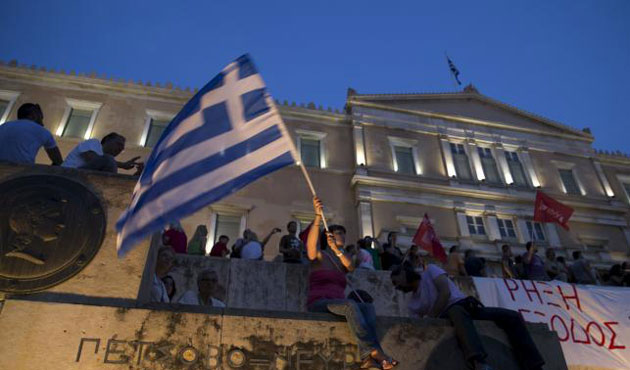 Greeks rally against austerity in Athens