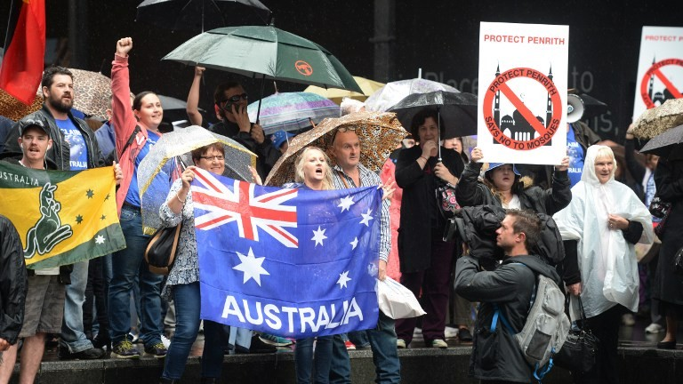 Islamophobic protesters hit Sydney streets