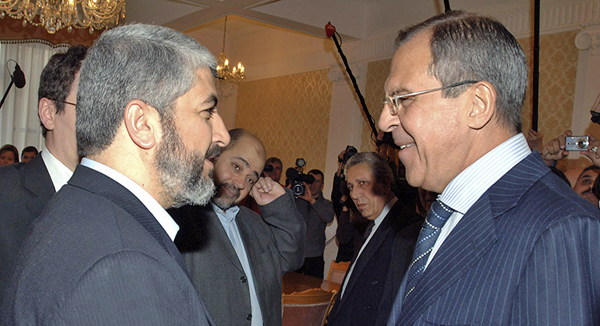 Russian FM meets Hamas chief, invites him to Moscow
