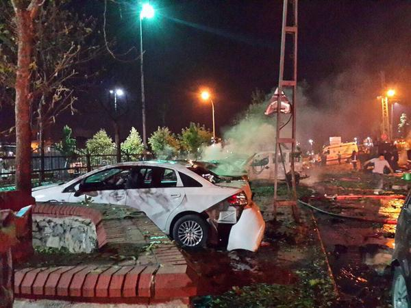Attacks on US consulate, police station in Istanbul