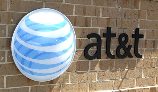 AT&T helped NSA to spy on US internet
