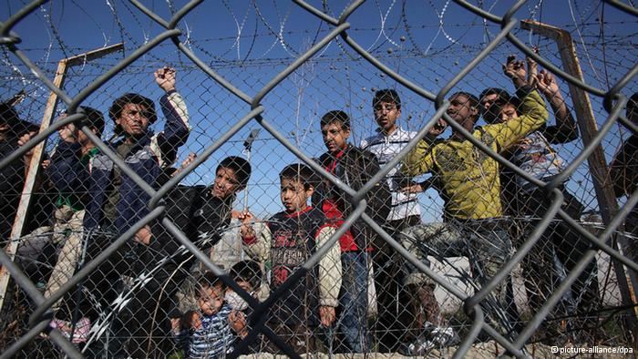 70,000 refugees may be 'trapped' next month, Greece warns