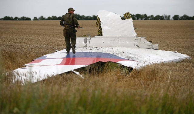 Lawyer tells Putin to 'make amends' over MH17 crash