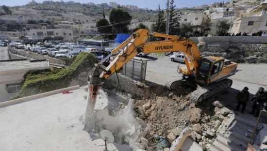 Israel demolishes homes of alleged Palestinian attackers