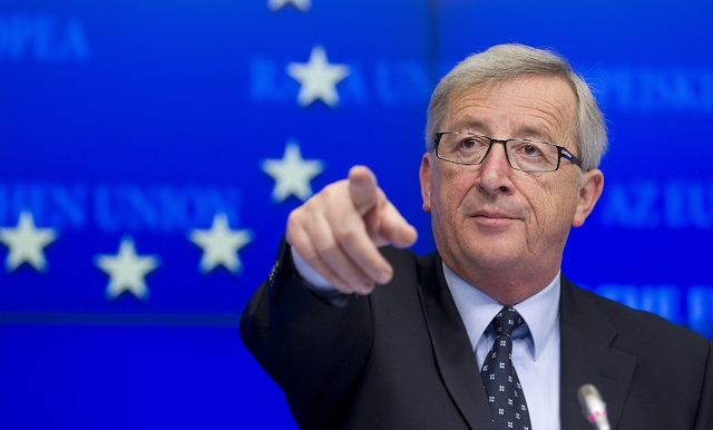 EU chief lashes out at Trump for Brexit support