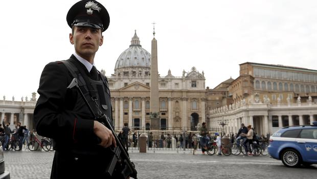 Italy launches terrorist hunt after US tip