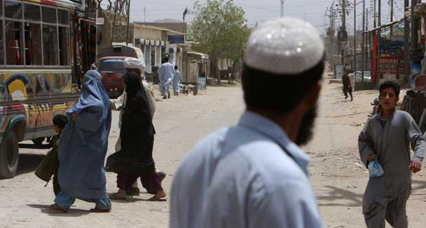 Rights group raps Pakistan for 'forced' repatriation of Afghans