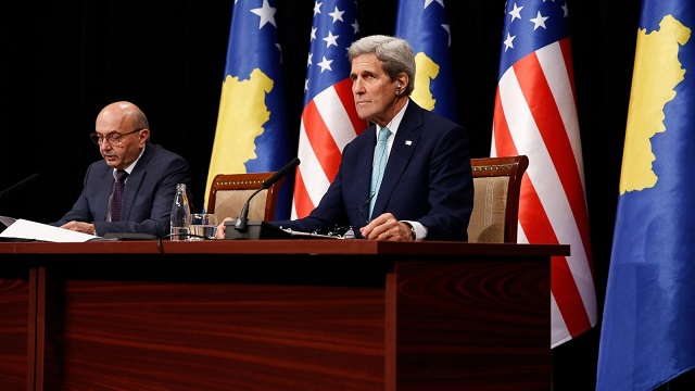 Kerry on Kosovo visit calls for civility