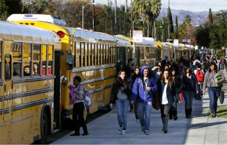 Los Angeles schools closed after 'bomb threat'