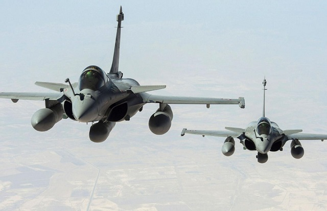 India signs deal to buy 36 French Rafale fighter jets