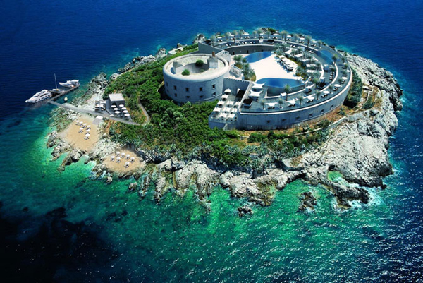 Montenegro to turn ex-concentration camp into luxury hotel