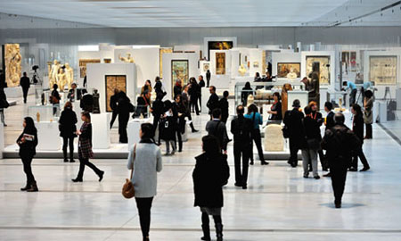 Iran signs co-op document with Louvre museum
