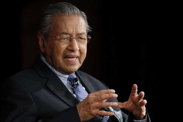 Malaysia PM calls for China's help with fiscal problems