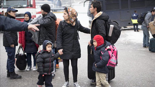 Canada pledges to accept more Syrian refugees