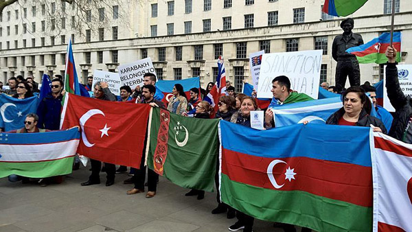 Azerbaijanis protest 'Armenian aggression' in London