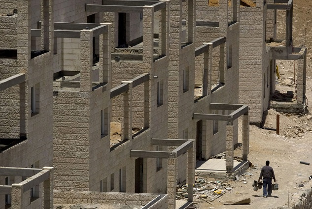 Israel to build 42-kilometer wall in occupied W. Bank