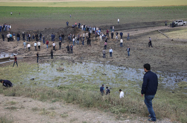 Helicopter crashes in southern Iraq, 7 killed