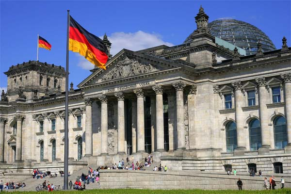 Germany to vote today on Armenian claims