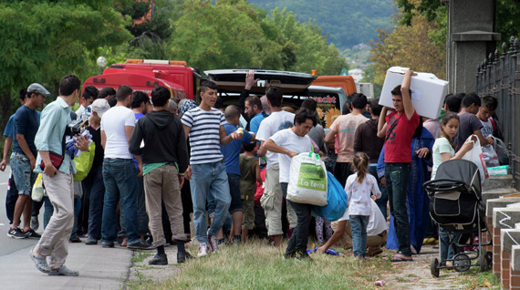 Austria to tighten anti-migrant border controls