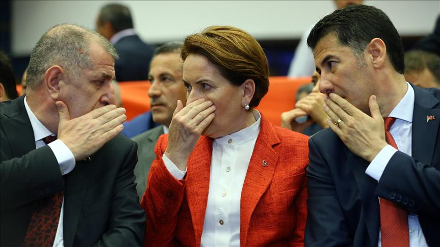 Turkish opposition rebels vote for leadership challenge