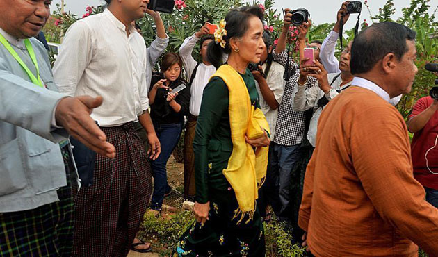 Suu Kyi attacked for foreign inclusion in Rakhine body