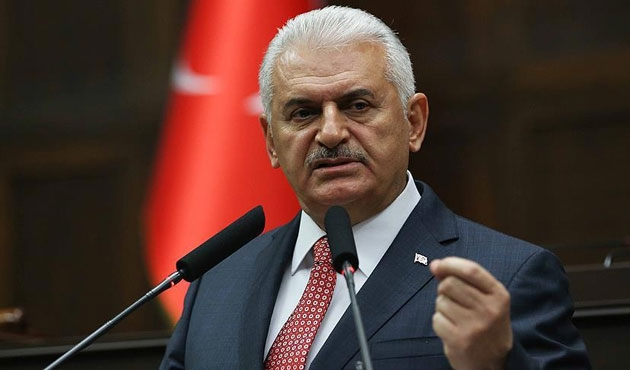 Turkish PM praises AK Party MPs on constitution vote