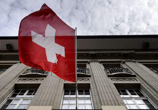 Switzerland 'in contact' with both sides in Spain crisis