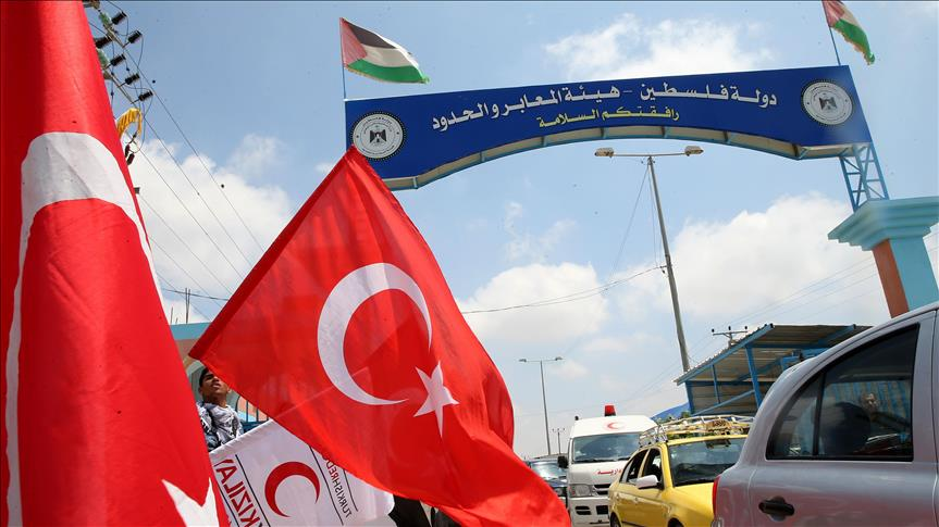 First Turkish aid-laden truck enters Gaza