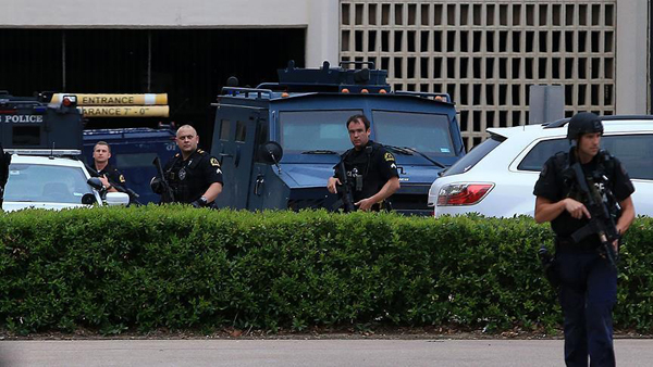 2 bailiffs, suspected shooter killed at US courthouse