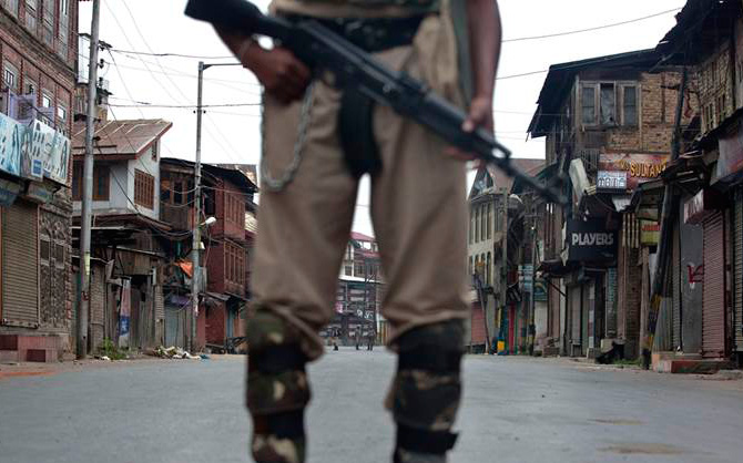 Two Indian soldiers killed in Kashmir