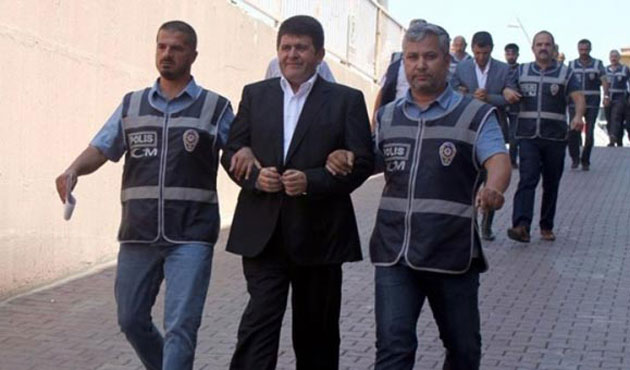 Gulen-linked executives remanded in custody