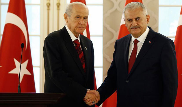 Turkish PM to meet opposition leaders, US general
