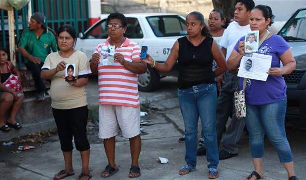 Mothers find secret burial sites in Mexico