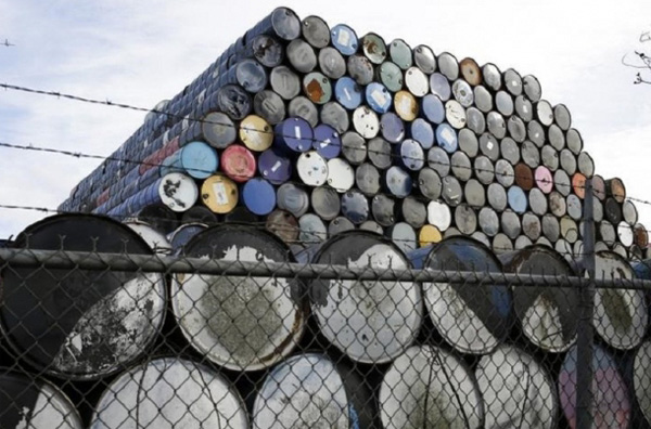 Canadian oil to lose billions in 2016
