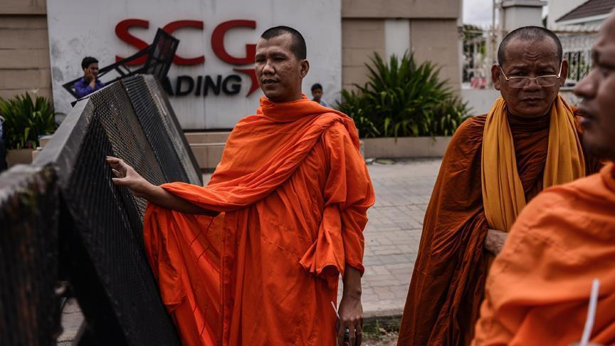 Cambodian opposition MPs maintain boycott of parliament